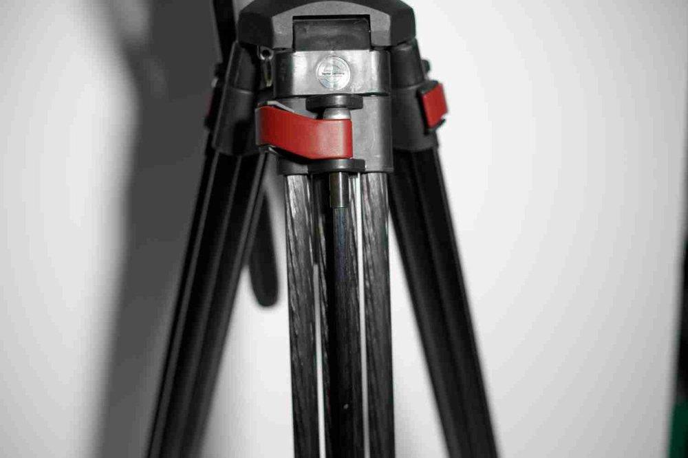 Sachtler FSB 8 tripod.jpg
